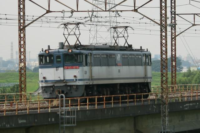 EF65‐1075